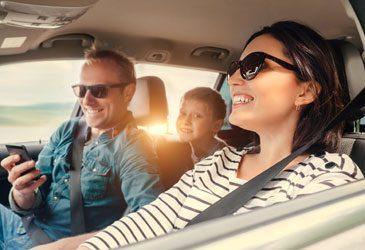 Acht Tipps für einen Mietwagen-Urlaub, ohne über den Tisch gezogen zu werden.