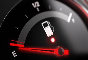 Fährst du schon oder tankst du noch? Die Tankregelungen im Überblick.