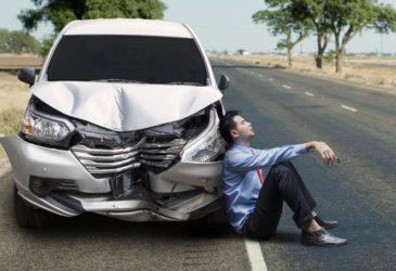Richtiges Verhalten bei einem Autounfall im Ausland.